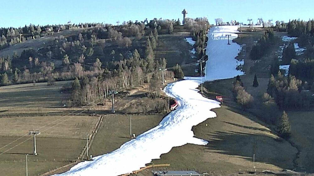 Trotz geringer Schneemenge wird in Willingen ab dem 8. März das Skifahren möglich sein