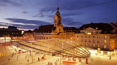 Der Bahnhofsplatz in Bern
