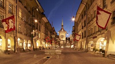 Der Zeitglockenturm in Bern bei Nacht