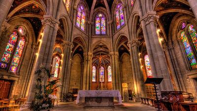 Das Innere der Notre Dame in Genf