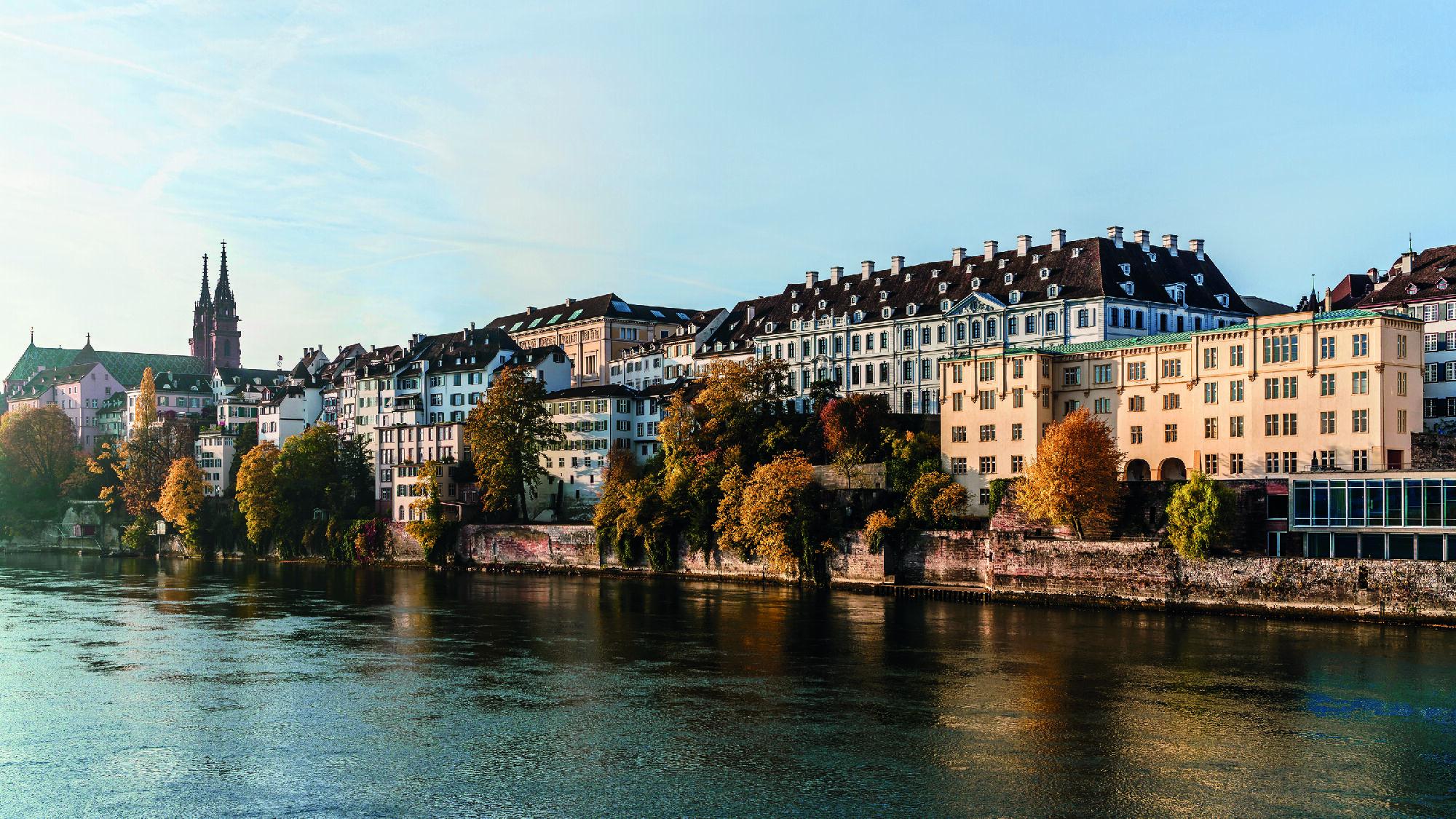 Sicht auf Basel und den Rhein