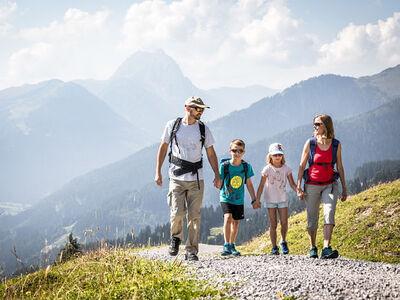 Spaß für die ganze Familie auf dem Kitzbüheler Alpen Trail