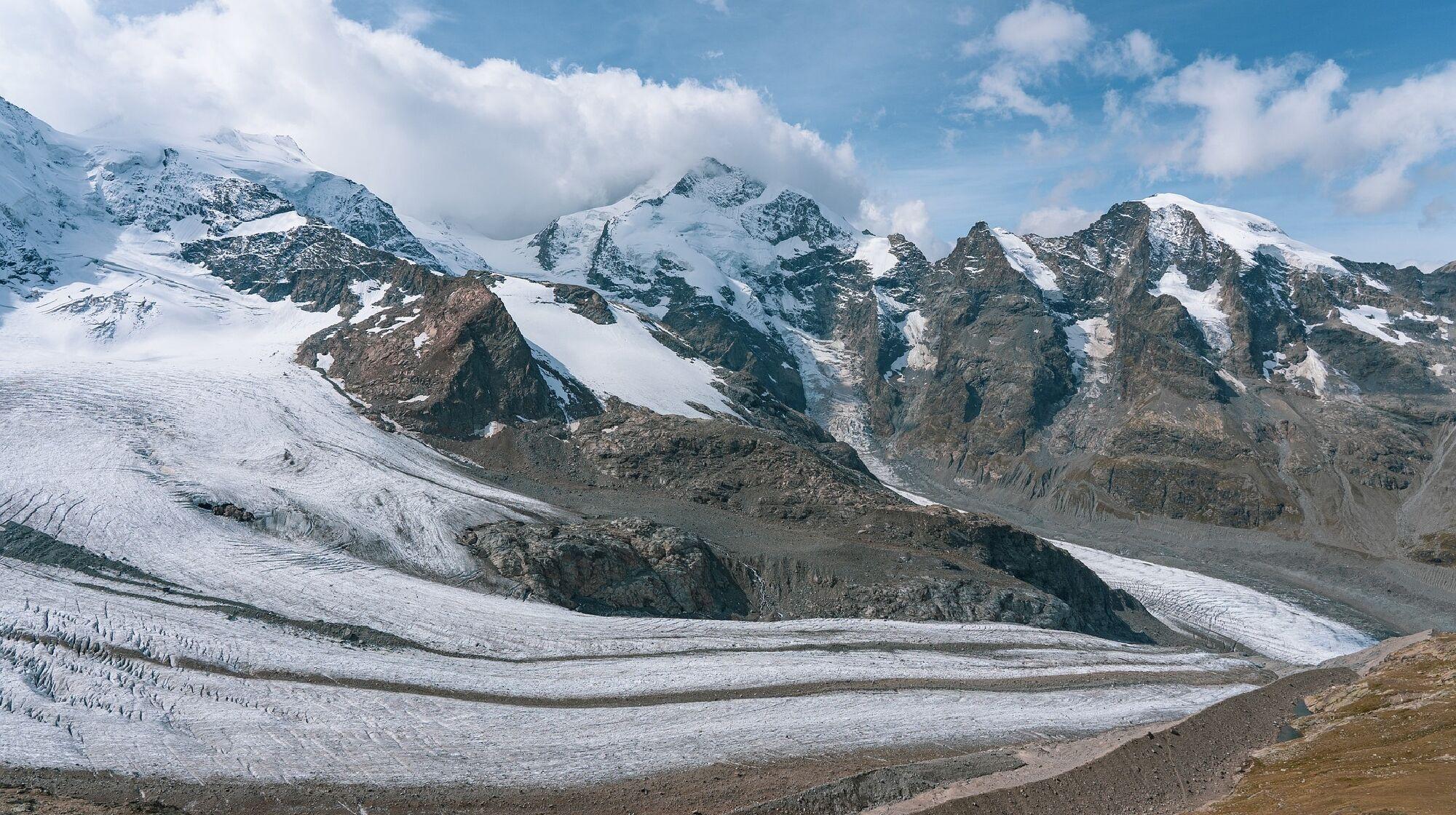 Aus Firn entsteht Gletschereis