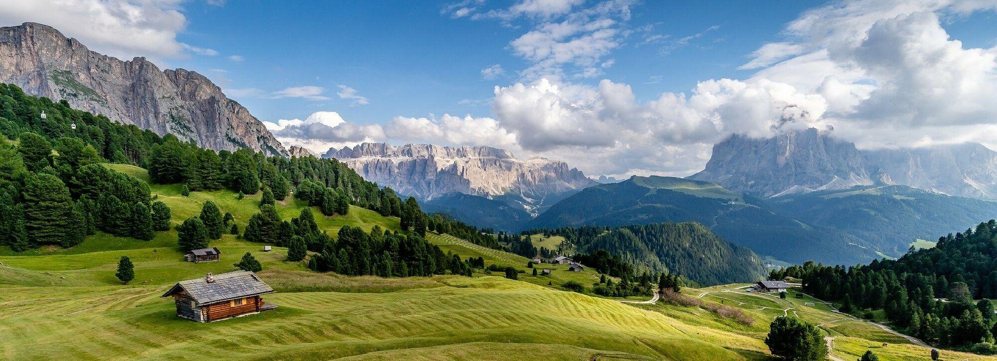Sparen beim Sommerurlaub in den italienischen Alpen
