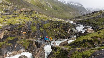 Wasserfälle und Gletscher: Der Iseltrail führt durch unglaubliche Natur