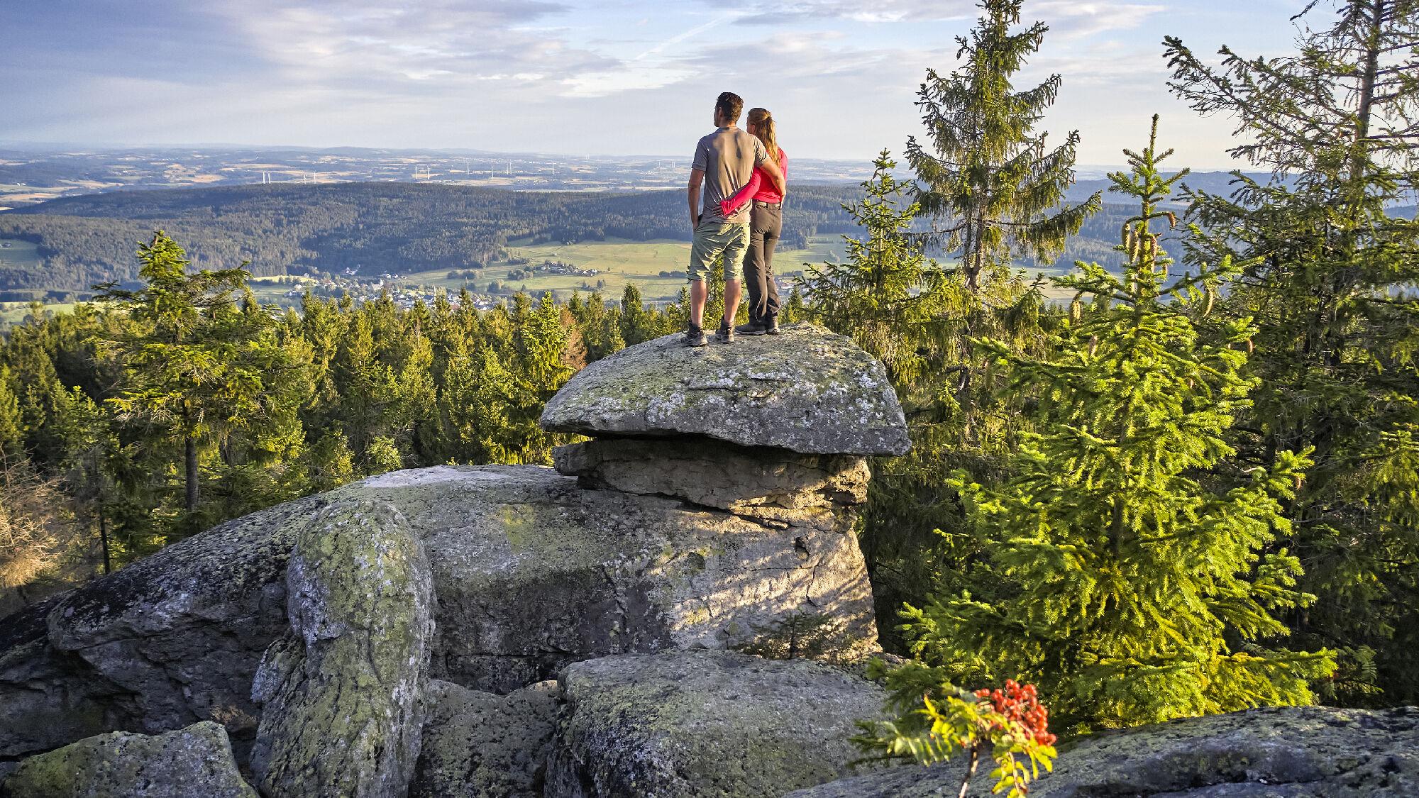 Der Ochsenkopf-Wahrzeichen Felsen im Fichtelgebirge