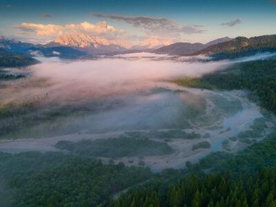 Die Isar bildet bei Krün und Wallgau eine der letzten Wildflusslandschaften der Alpen.