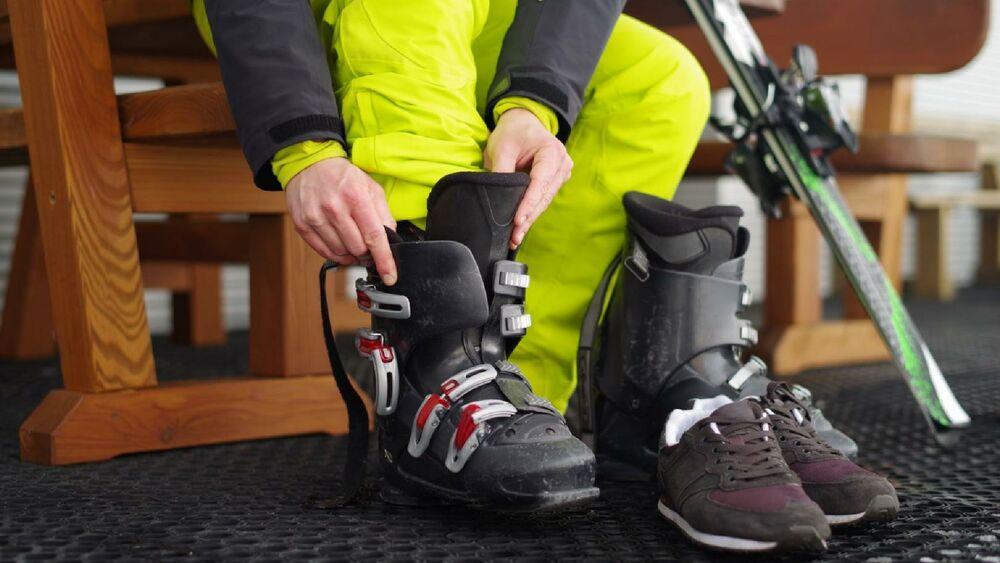 Warum nicht einfach kostengünstiger Ausrüstung leihen, wenn sowieso nur selten Ski gefahren wird?