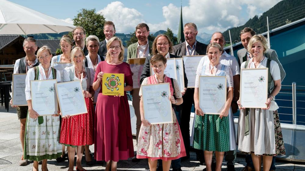 13 Beherbergungsbetriebe, das Europäische Forum Alpbach und das Congress Centrum Alpbach wurden ausg