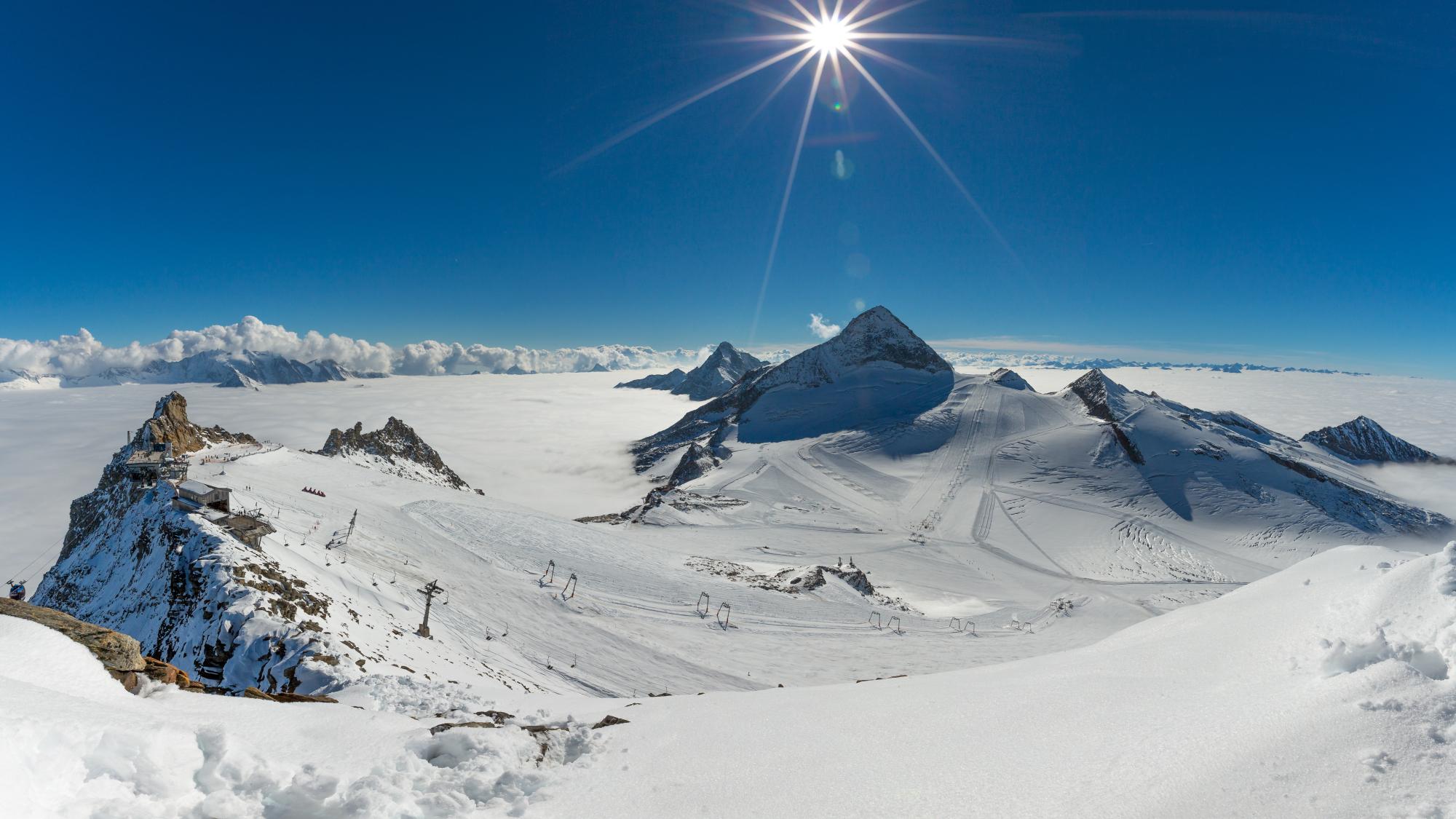 Winterpanorama am Hintertuxer Gletscher