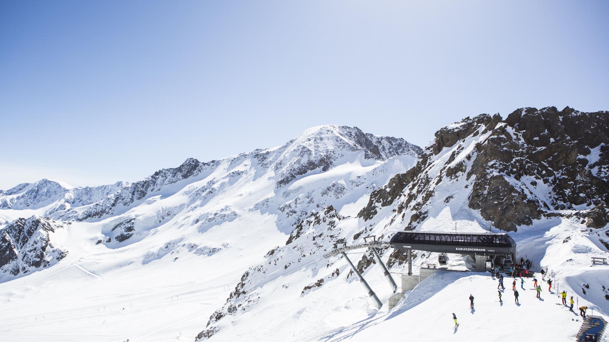 Bergstation Karlesjochbahn Kaunertaler Gletscher