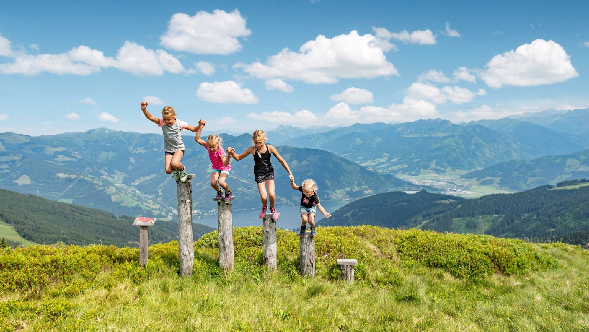 Die Schmitten ist als Panorama- und Familienberg ein ideales Ziel für Groß und Klein.
