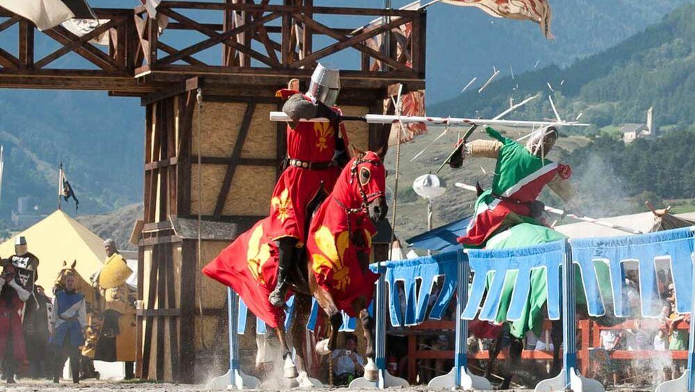Turnierszene der Südtiroler Ritterspiele