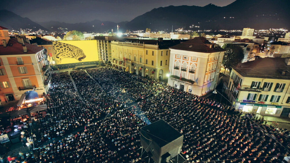 Filmvorführung auf der Piazza Grande