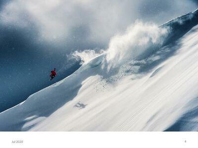 Snowboarder beim Freeride: Ein Foto von Silvano Zeiter
