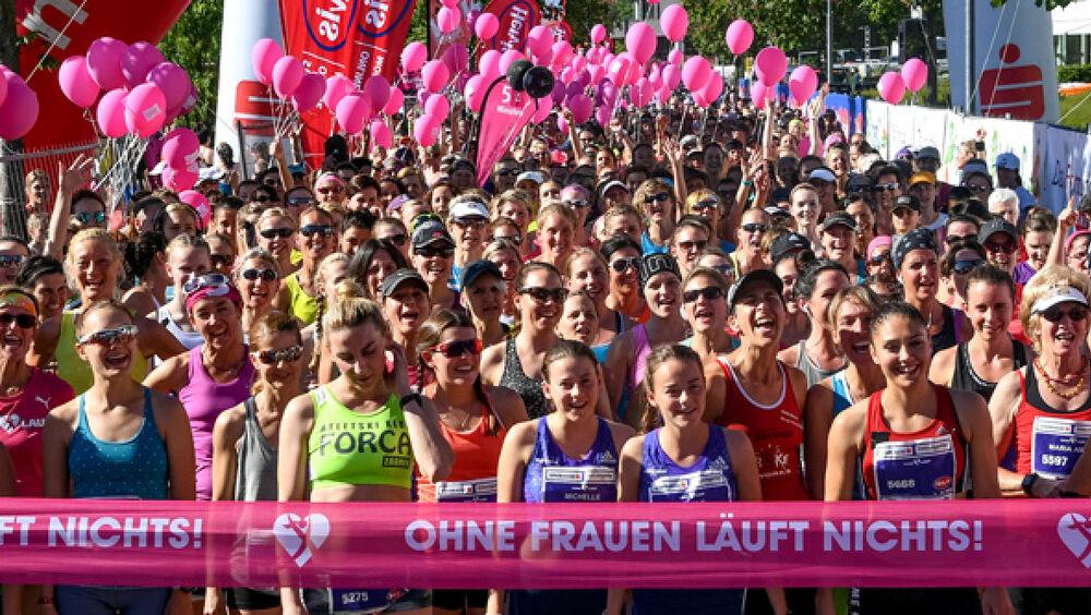 Teilnehmerinnen beim Start des Bodensee Frauenlaufs
