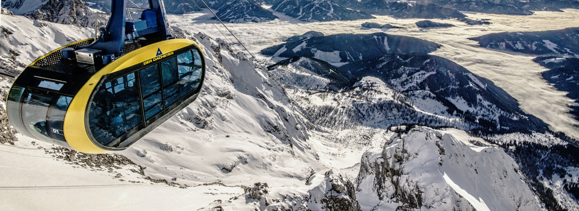 Blick auf die Panoramagondel am Dachsteingletscher