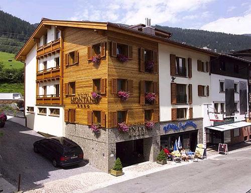 Sommeransicht vom Hotel Montana in St. Anton am Arlberg