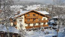 Aussenansicht von der Pension-Appartements Alpenblick in Maria Alm im Winter