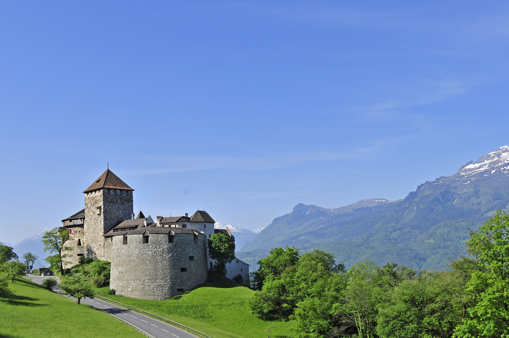 Das Liechtensteiner Schloss in Vaduz © Liechtenstein Marketing