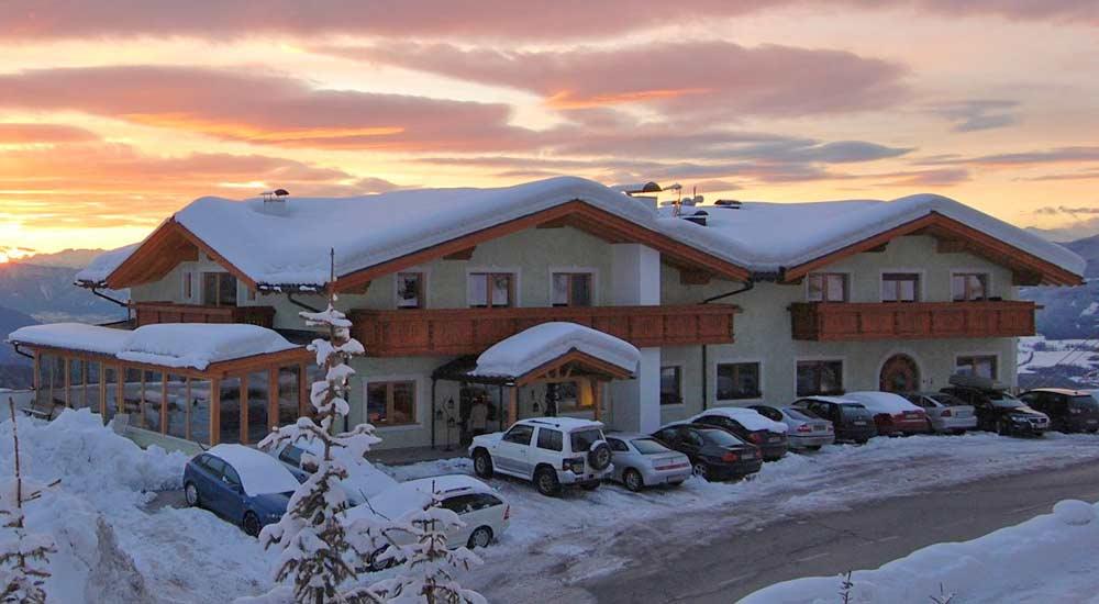 Blick auf das Hotel Gstatsch auf der Seiser Alm