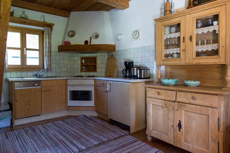 Urige Küche in den Stallergut Chalets in Maria Alm