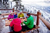 Vielfältiges Gastronomieangebot in Whistler Mountain © Whistler Blackcomb; Justa Jeskova