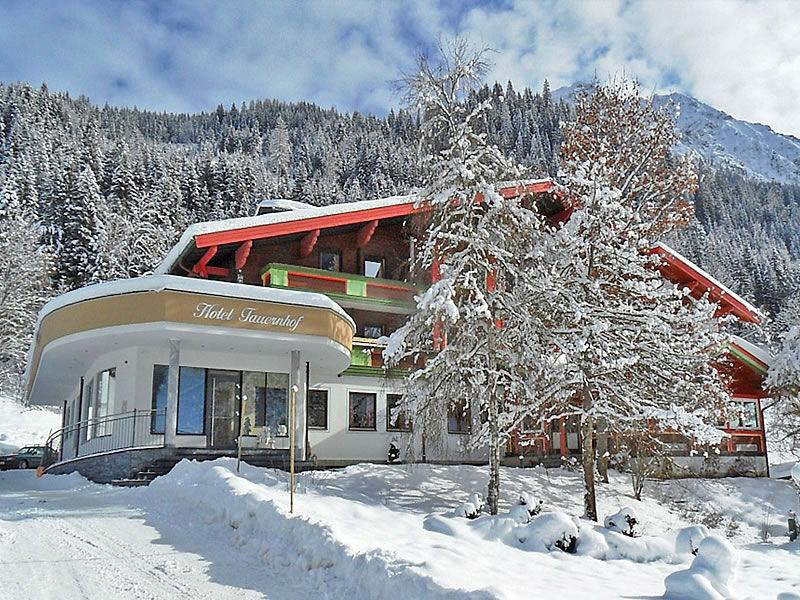 Winterhausbild vom Hotel Tauernhof in Kleinarl