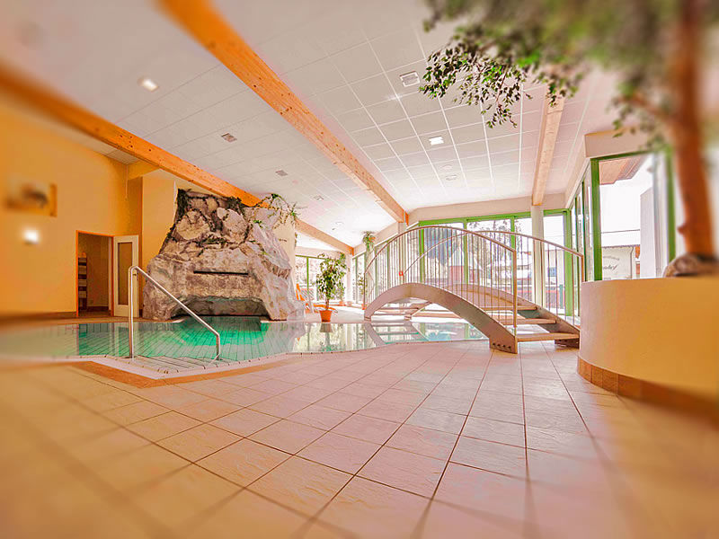 Das Hallenbad im Hotel Tauernhof in Kleinarl