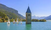 Turm im Reschensee © Vinschgau Marketing – Frieder Blickle