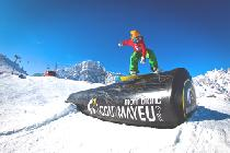 Snowboarder im Fun Park Courmayeur © ph Lorenzo Belfrond for Courmayeur Mont Blanc funivie