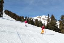 Familie auf einer Piste in Park City © Vail Resorts
