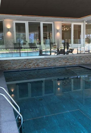 Das Hallenbad im Hotel Plunger in Kastelruth