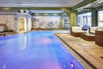 Innenpool des SPA-Hotels Jagdhof in Neustift im Stubaital