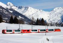 Der Glacierexpress im Obergoms © Valais / Wallis Promotion Glacier Express