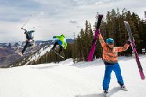 Double Jump in Aspen Mountain © Aspen Skiing company