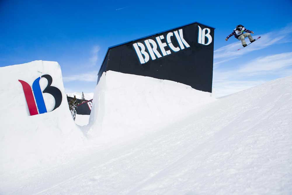 Snowboardjump in Breckenridge