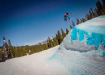 Snowboarding in Winter Park © Winter Park Resort