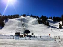 Blick auf die Piste von Bogus Basin © Bogus Basin Mountain Recreational Association