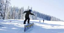 Snowboarding in Lookout Pass © Lookout Pass Ski & Recreation Area