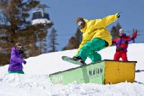 Snowboardfun in Alpine Meadows © Squaw Valley Alpine Meadows, Novaphoto