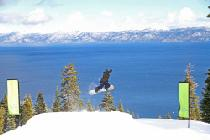 Sprung mit dem Snowboard © Homewood Mountain Resort