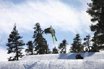 Sprung mit den Skiern © Homewood Mountain Resort