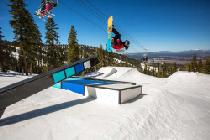 Snowboarder in Northstar © Northstar California Resort