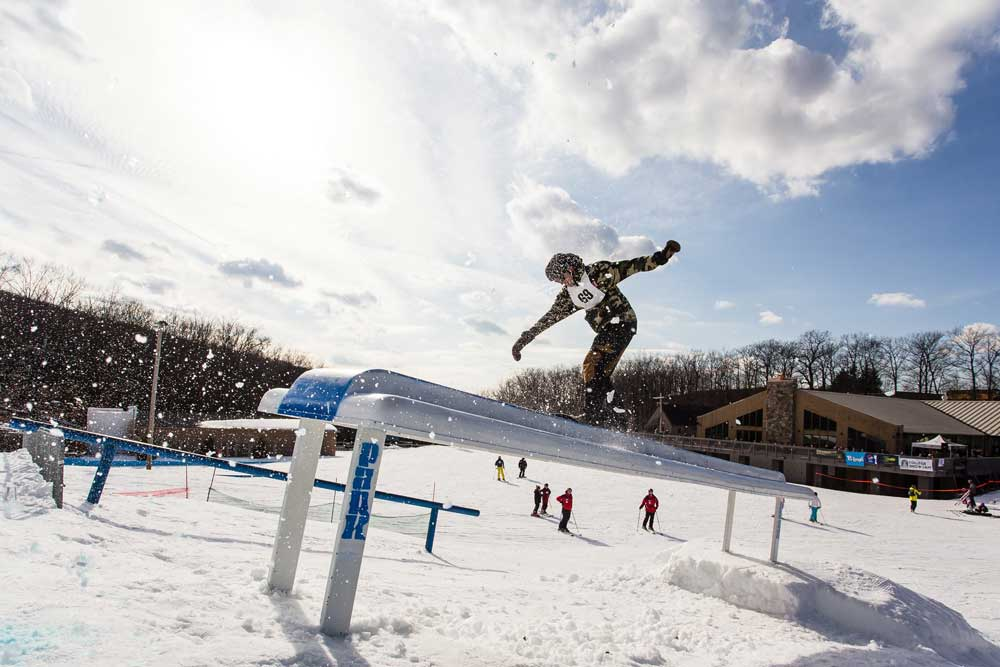 Snowboarder in Montage Mountain