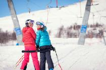 Kinder am Schlepplift im Skigebiet Geilofjellet © Geilo Holiday