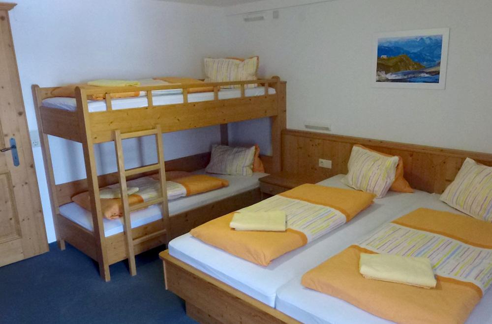 Mehrbettzimmer in der Krefelder Hütte