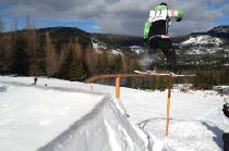 Rails im Snowpark von 49 Degrees North © 49 Degrees North Mountain Resort
