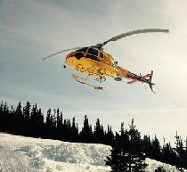 Mit dem Helikopter ins Skigebiet Hudson Bay Mountain © Hudson Bay Mountain