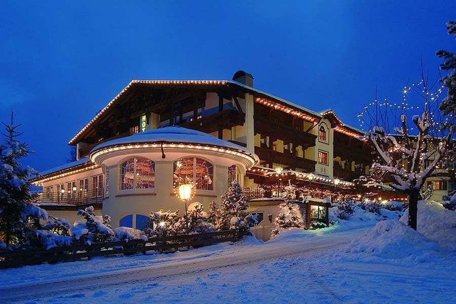 Außenansicht vom Wellness Sporthotel Alpenhof in Ehrwald